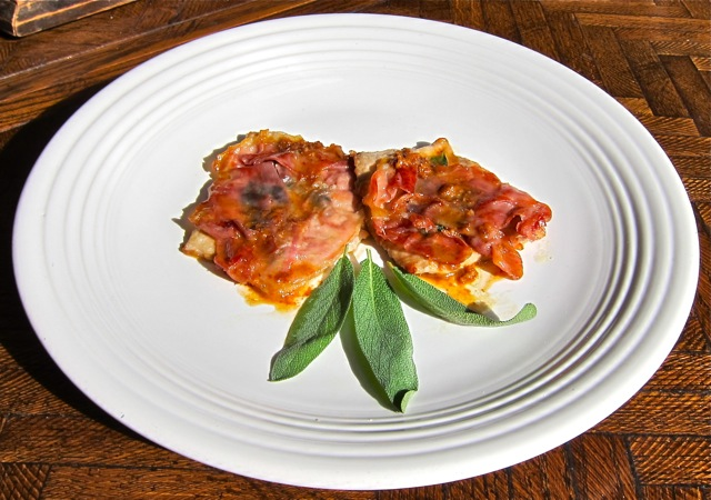 Saltimbocca alla Romana (Veal scaloppine with prosciutto and sage ...